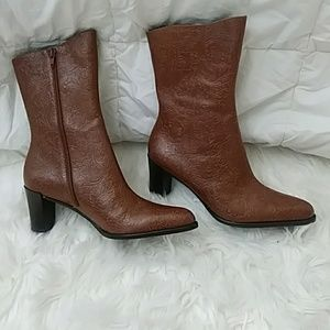 A.Marinelli sz 7.5 M brown leather embossed boots